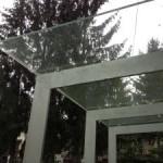 grosses-Vordach-aus-Glas